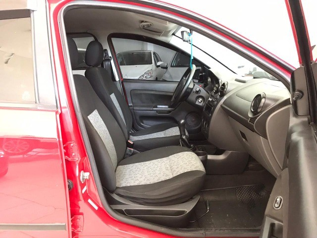 Fiesta Sedan  SE 1-6 Flex Completo - Foto 10