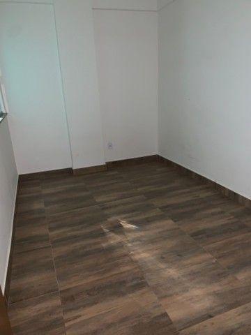 Vicente Pires, APT de 2 QTS pronto para morar C/ moveis planejados,elevador,receção! - Foto 5