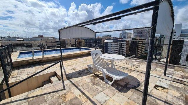 Cobertura para venda possui 254 metros quadrados com 4 quartos em Ponta Verde - Maceió - A - Foto 4