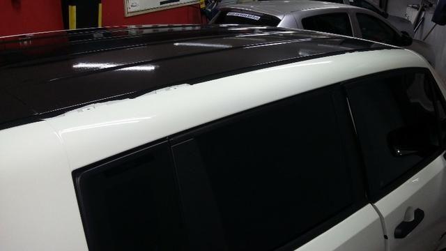 Envelopamento de veículos - Foto 6