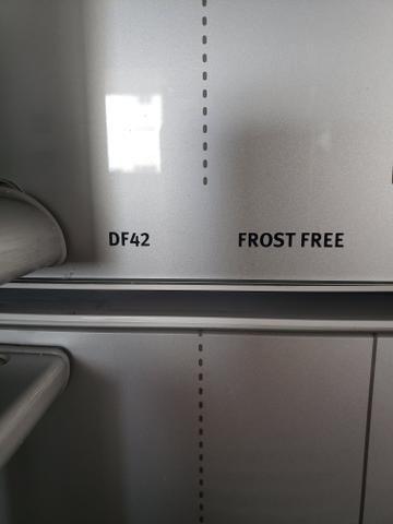 3 prateleiras de congelador
