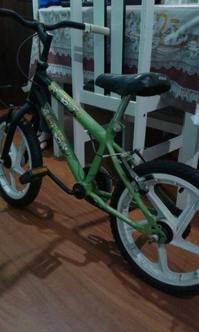 Bicicleta infantil até 7 anos