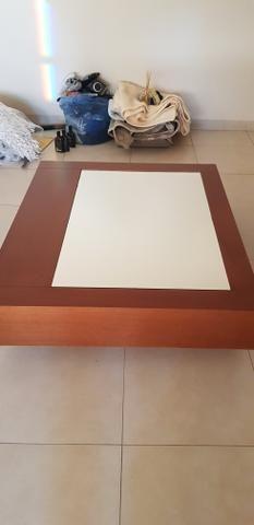 Mesa de centro c/ espelho ABAIXEI PARA VENDER LOGO