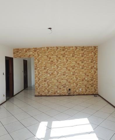 Largo Bicão Cobertura Linear terração em L salão 3 quartos (2 suites) garagem - Foto 5