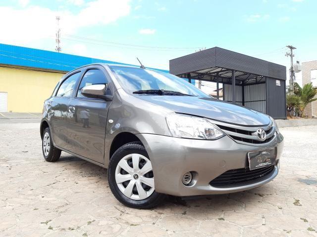 Toyota Etios XS 1.5 Automático 16/17 - Troco e Financio!! - Foto 3