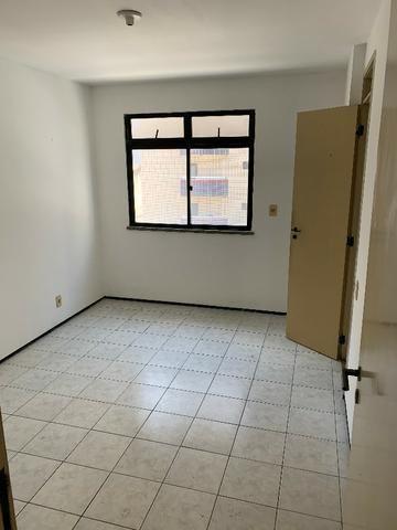 Apartamento no Cocó com 3 quartos + dependência de empregada - Foto 7