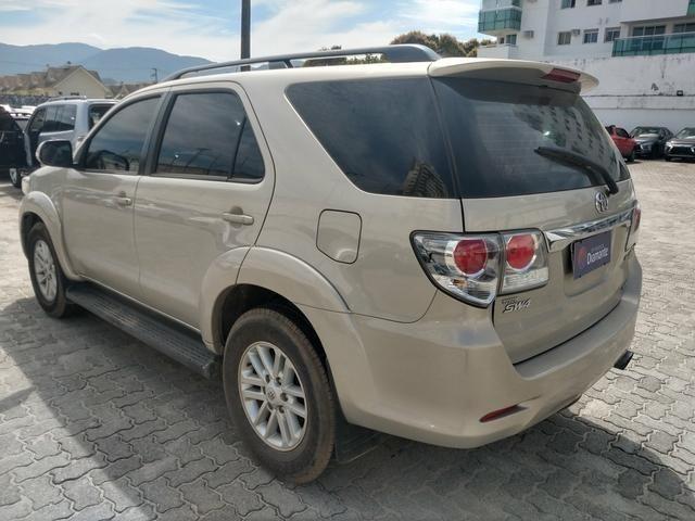Hilux Sw4 3.0 SRV 4x4 Diesel 2013 - Concessionaria Mitsubishi Raion - Foto 4