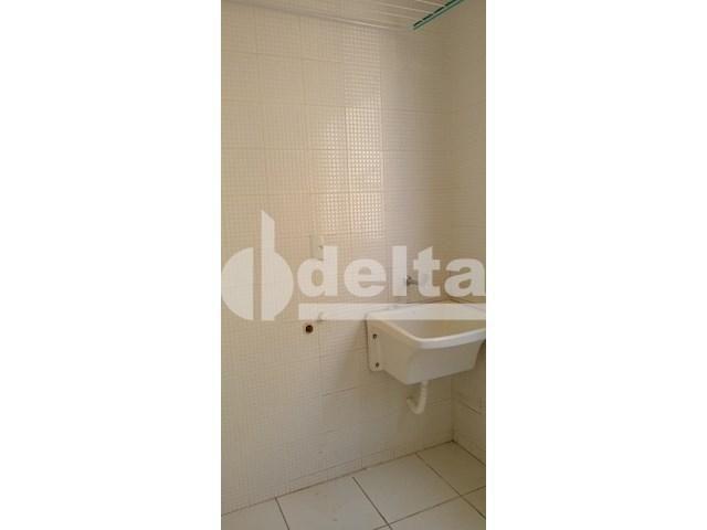 Apartamento para alugar com 3 dormitórios em Saraiva, Uberlândia cod:605513 - Foto 14