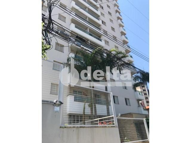 Apartamento para alugar com 3 dormitórios em Saraiva, Uberlândia cod:606262