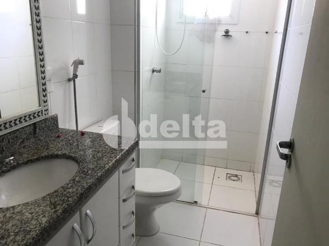Apartamento para alugar com 3 dormitórios em Saraiva, Uberlândia cod:606262 - Foto 2
