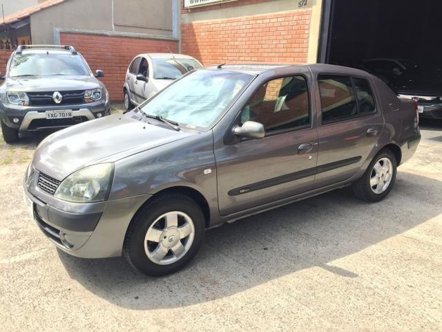 Renault Clio Sedan PRIVILEGE 1.6 4P