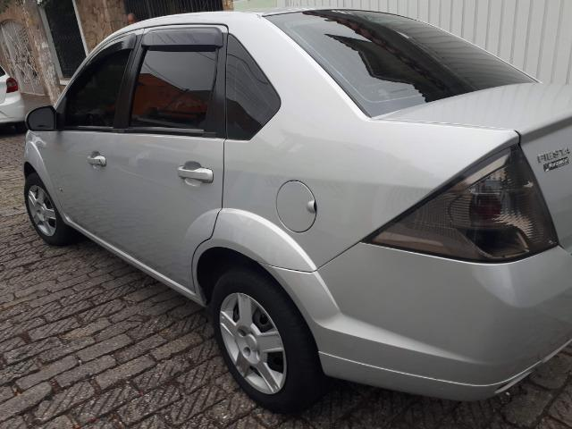 Fiesta Sedan SE - 14/14 - 1.0 - Foto 2