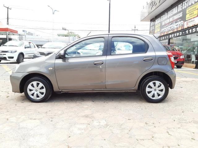 Toyota Etios XS 1.5 Automático 16/17 - Troco e Financio!! - Foto 8