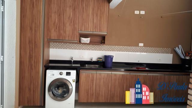 Ca00033. linda casa com armários na cozinha!