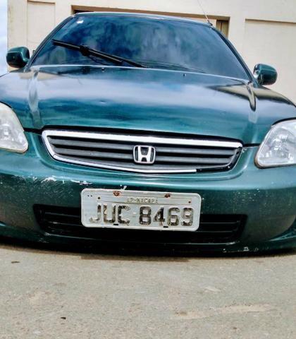 Honda 1999 em dias