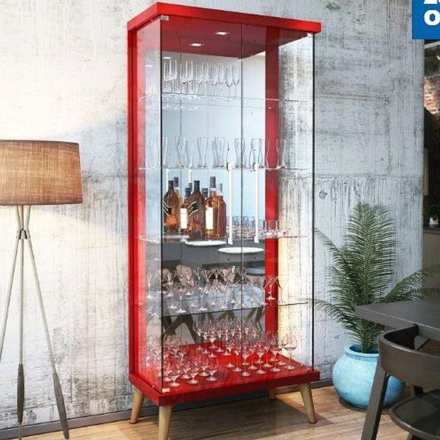 Cristaleira Decorativa Espelhada com Portas de Vidro