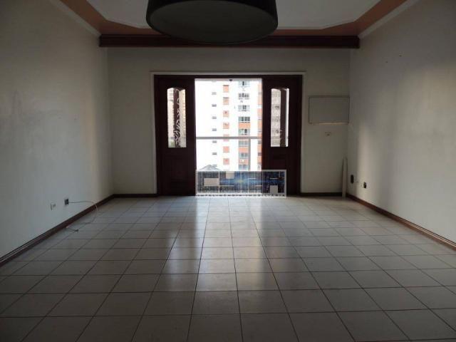 Apartamento de 3 dormitórios no Gonzaga