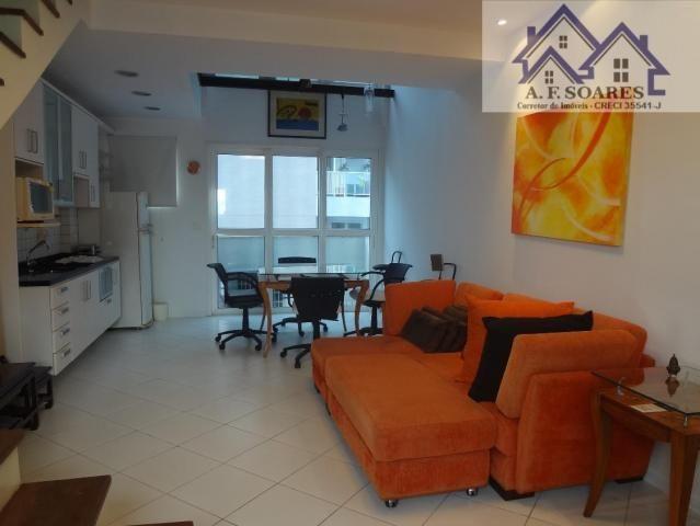 Vendo apartamento tipo loft duplex, com 69 m2, 1 dormitorio, 1 suite, 1 vaga