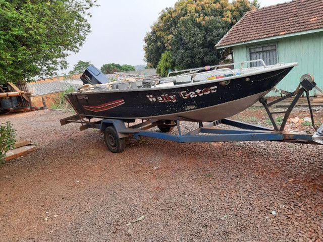 Vendo barco Marajó 16 pés..