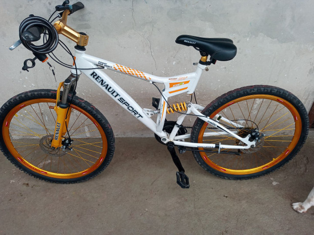 Bicicleta Renault / Aro 26 / 21 Marchas