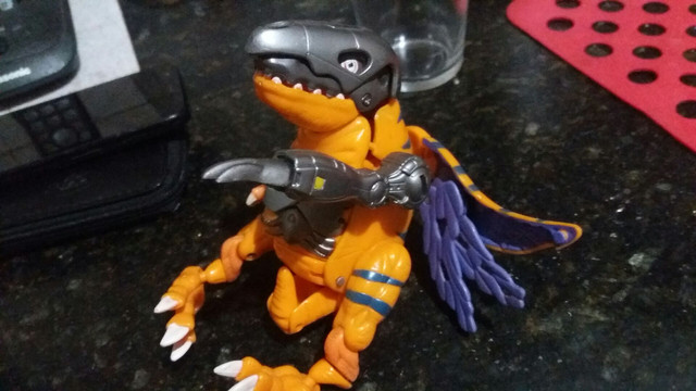 Brinquedo mostro Digimon transforme  - Foto 2