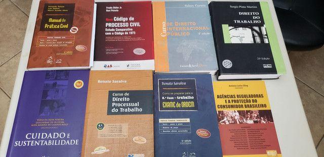 Livro de Direito - Foto 4