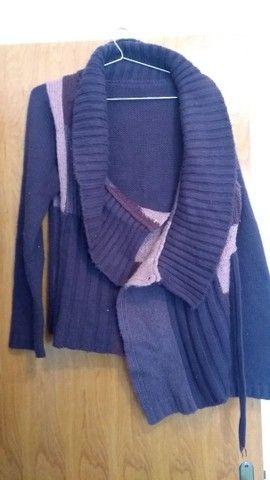 Lote de roupas seminovas femininas - Foto 4