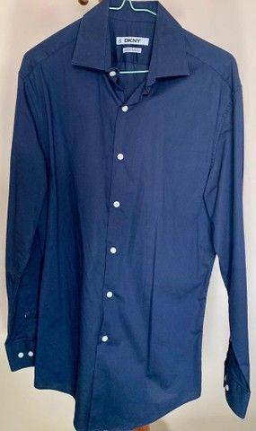 Camisa Dona Karan - Foto 2