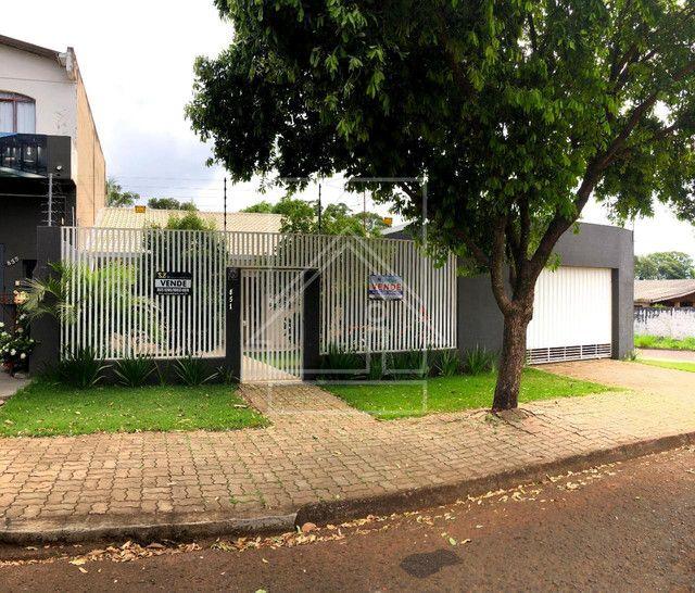 Casa à venda no Jardim Petrópolis em Foz do Iguaçu.