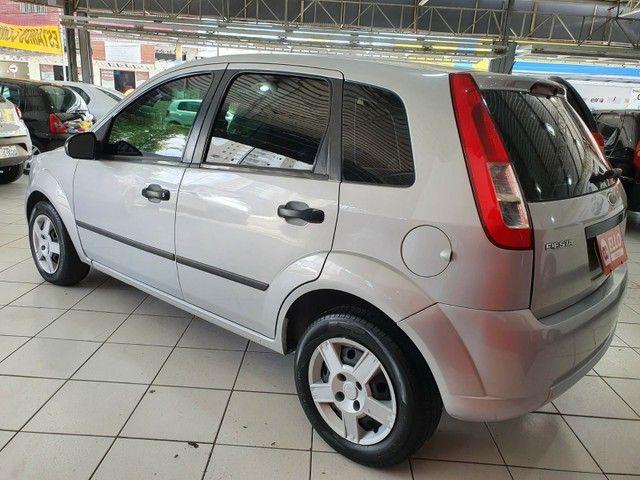 Ford Fiesta Hatch 1.0 (Flex) - Foto 4