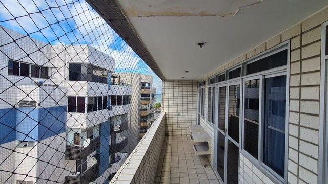 Cobertura para venda possui 254 metros quadrados com 4 quartos em Ponta Verde - Maceió - A - Foto 15