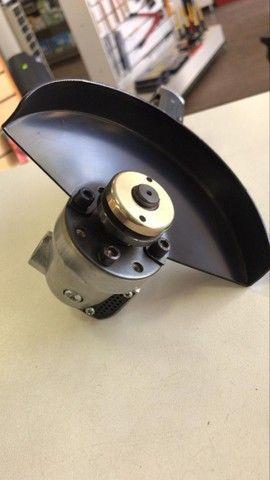 Esmerilhadeira Angular 5 Pneumática   Maxx Tools  - Foto 4
