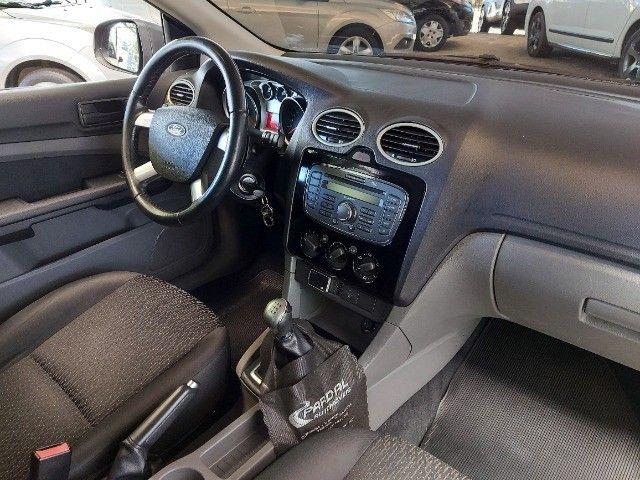 Ford Focus 1.6  - Foto 7