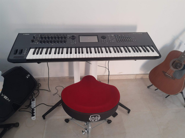 Teclado Yamaha montage7