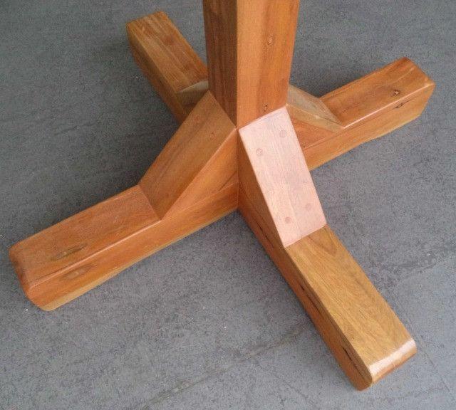mesa alta bistro com 3 banquetas em madeira de demolição. - Foto 3