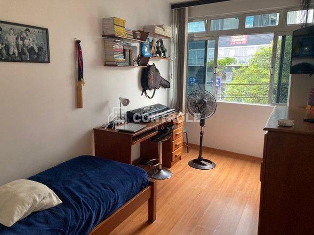 (DC) Amplo apartamento 2 dormitórios, totalmente reformado, no coração do Bairro Estreito - Foto 10