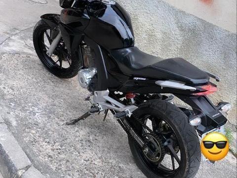 Honda CB Twister Leia a Descrição Completa  - Foto 2