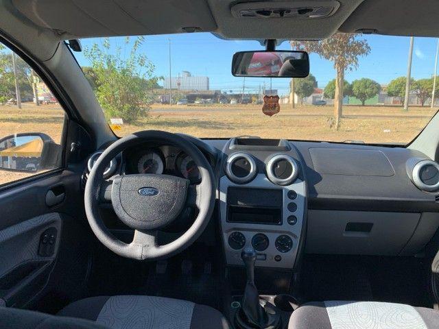 Venda Fiesta sedan 2008 1.6  - Foto 5