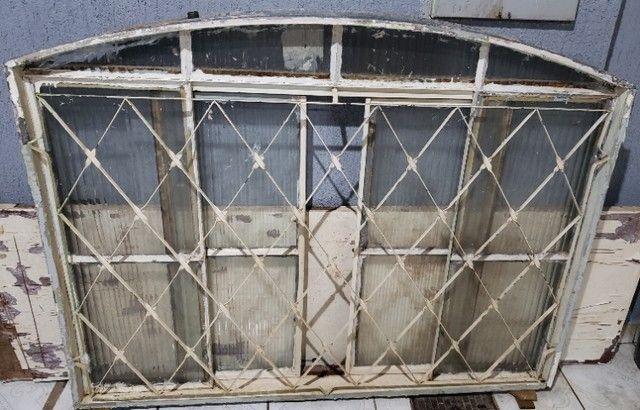 Janela de Aço com Vidro modelo arco - Foto 2