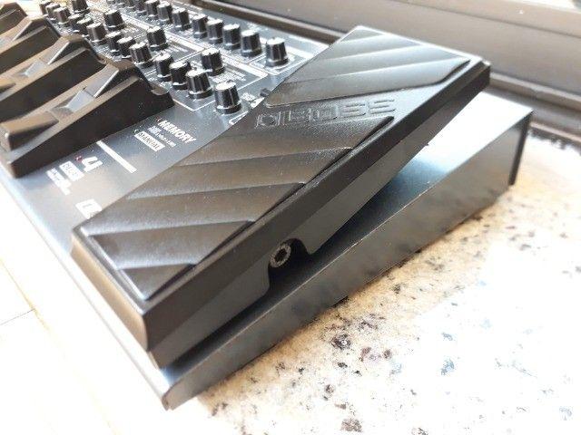 Boss ME-80 linda c/fonte original e bag mochila ,parcelo no cartão/ML - Foto 3