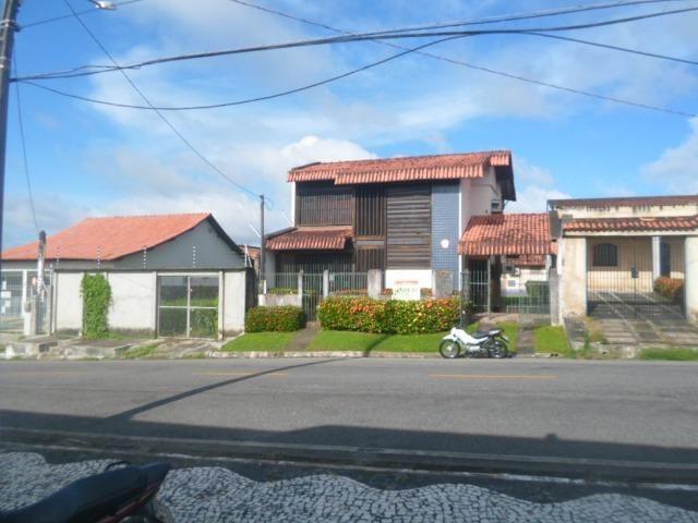 Vendo Casa em Salinas com Ótima Localização