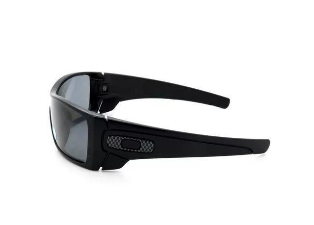 6df3b30a2 Óculos Oakley Batwolf Oo9101 04 Polarizado Matte Black / Grey ...