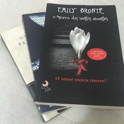 Trio de livros (Romance)