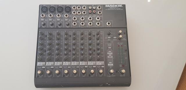 Mesa de som Mackie 1202-VLZ Pro Mic line Mixer premium xdr