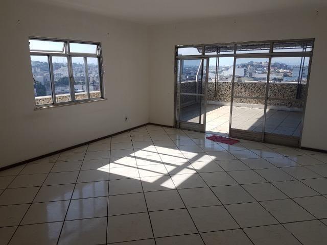 Largo Bicão Cobertura Linear terração em L salão 3 quartos (2 suites) garagem - Foto 4