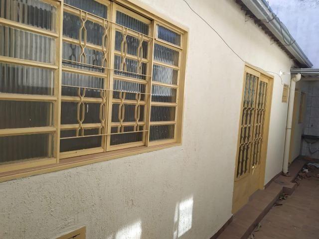 Vendo casa escriturada de 3 quartos na 102 do Recanto das Emas. - Foto 17