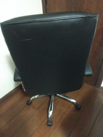 Cadeira Diretora - em prefeito estado - Foto 2