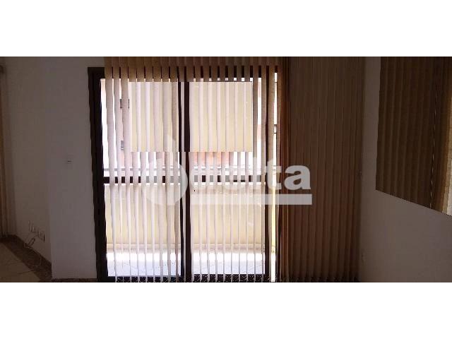 Apartamento para alugar com 3 dormitórios em Saraiva, Uberlândia cod:605513 - Foto 4