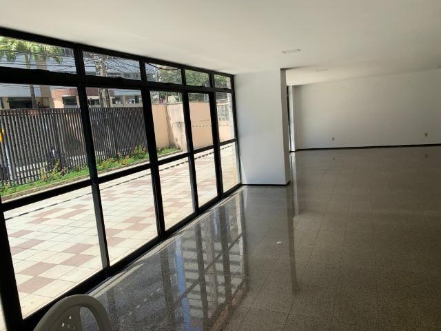 Apartamento no Cocó com 3 quartos + dependência de empregada - Foto 18