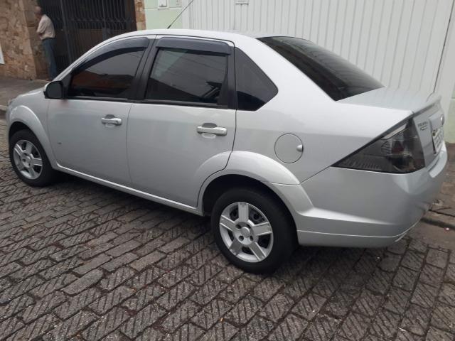 Fiesta Sedan SE - 14/14 - 1.0 - Foto 4